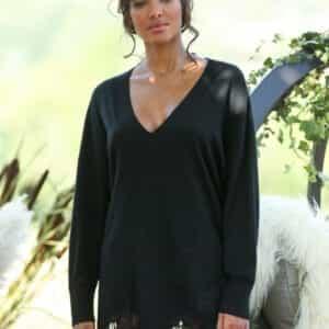 robe pull lola noir 2 300x300 - Robe Pull en cachemire